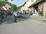 Starosta obce míří k májce